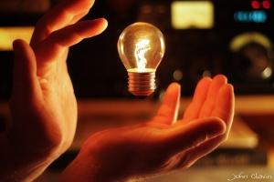 Magical floating lightbulb